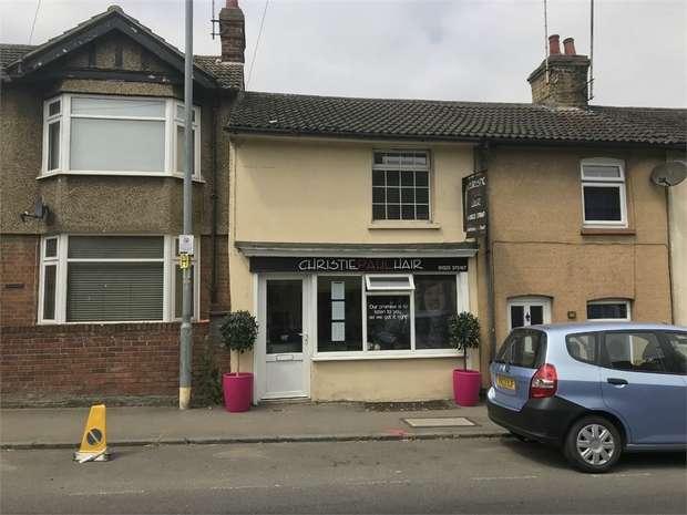 1 Bedroom Flat for rent in Church Street, Leighton Buzzard, Bedfordshire