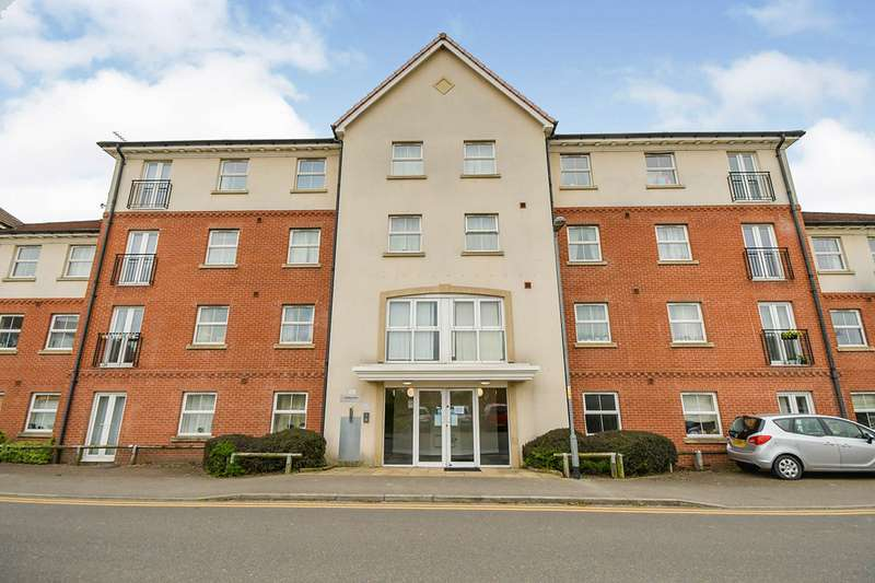 2 Bedrooms Apartment Flat for sale in Palatine House, Olsen Rise, Lincoln, Lincolnshire, LN2