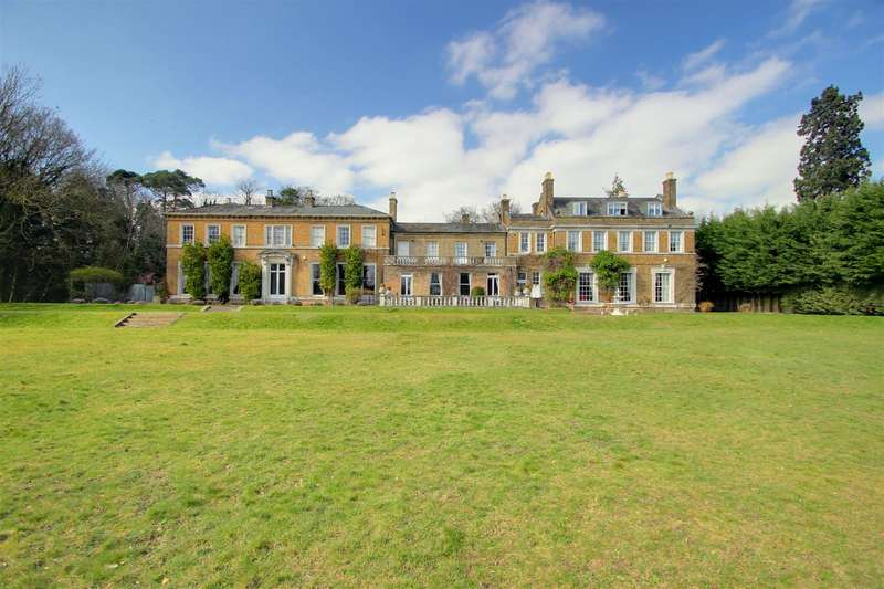 14 Bedrooms House for sale in Hertfordshire Manor House