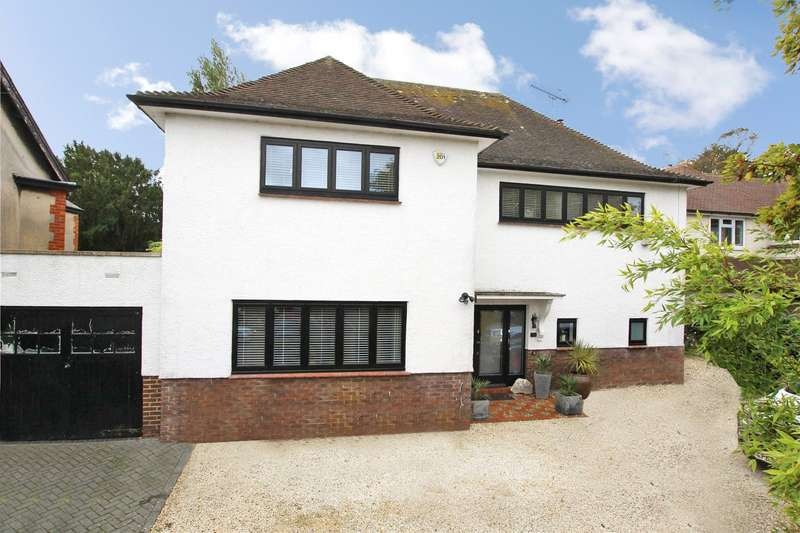 4 Bedrooms Detached House for sale in Bulkington Avenue, Worthing, West Sussex, BN14
