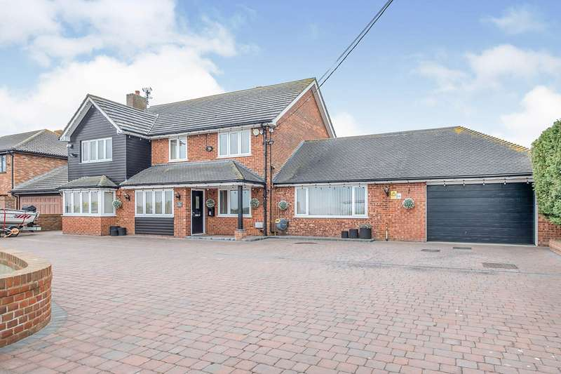 4 Bedrooms Detached House for sale in Ratcliffe Highway, St. Mary Hoo, Rochester, Kent, ME3