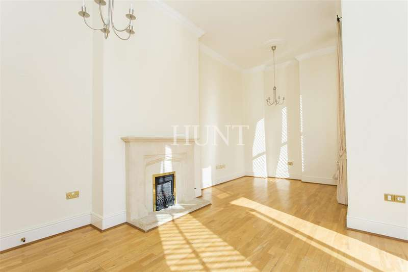 2 Bedrooms Apartment Flat for rent in Brandesbury Square, Repton Park, Woodford Green, Essex