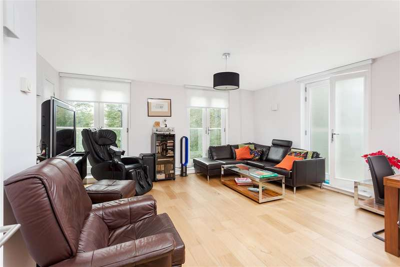 3 Bedrooms Flat for sale in Adelaide Road, Belsize Park NW3