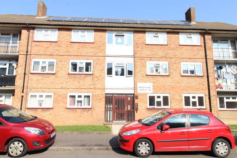 2 Bedrooms Flat for rent in Ross Close - 2 Bed Flat