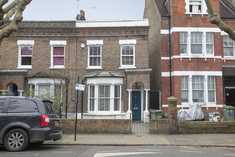 2 Bedrooms End Of Terrace House for sale in Benhill Road, Camberwell, SE5