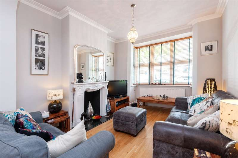 3 Bedrooms House for sale in Chester Road, Walthamstow, London, E17