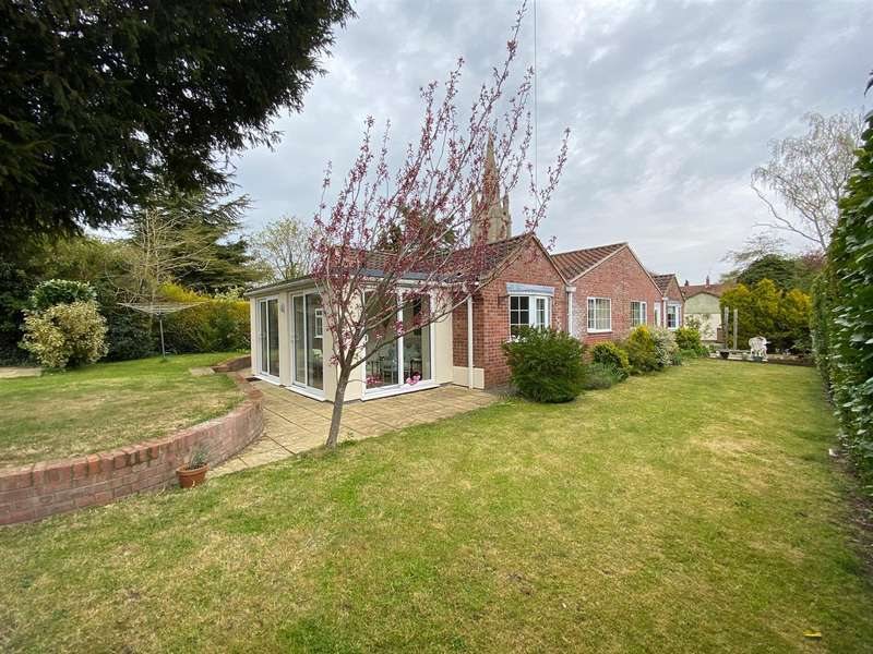 4 Bedrooms Detached Bungalow for sale in Churchill Way, Heckington, Sleaford