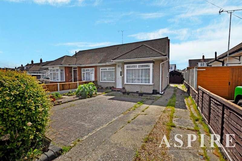 2 Bedrooms Semi Detached Bungalow for sale in Boyce View Drive, Benfleet