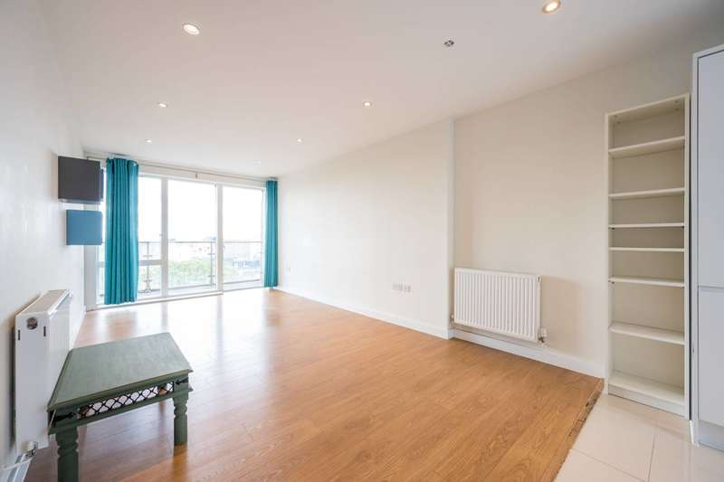 2 Bedrooms Flat for sale in Boulcott Street, Limehouse, E1
