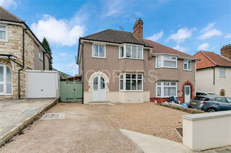 3 Bedrooms Semi Detached House for sale in Brook Road, London