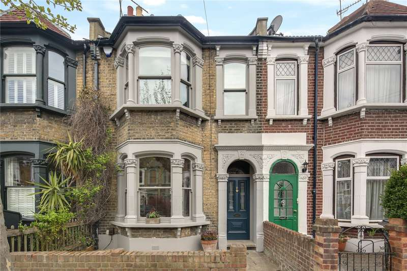 3 Bedrooms House for sale in Roding Road, Hackney, London, E5