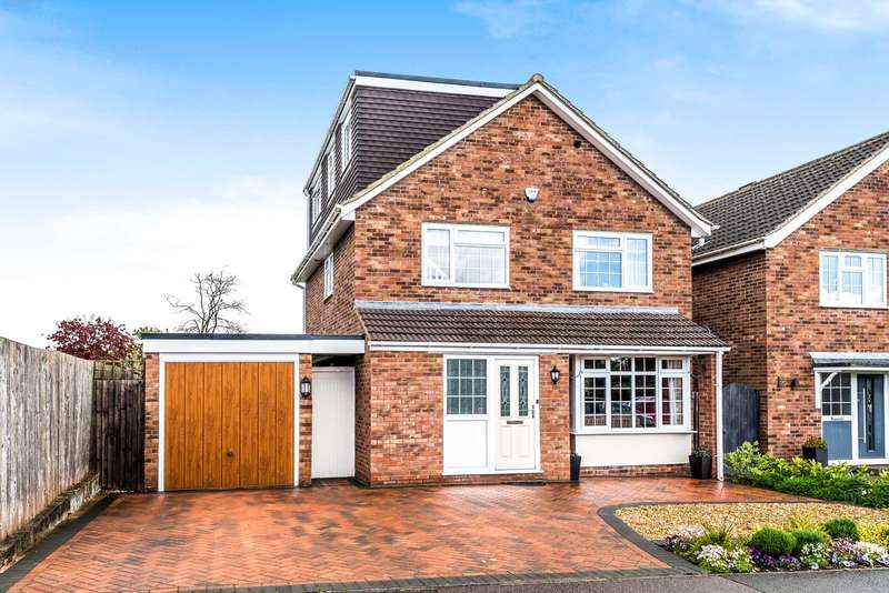 4 Bedrooms Detached House for sale in Reynes Drive, Oakley