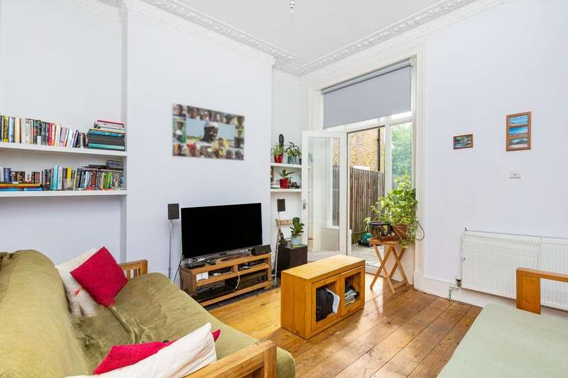2 Bedrooms Flat for sale in East Dulwich Road, London SE22