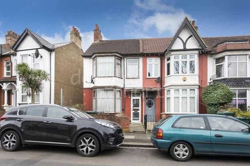 3 Bedrooms End Of Terrace House for sale in Albert Road, Hendon