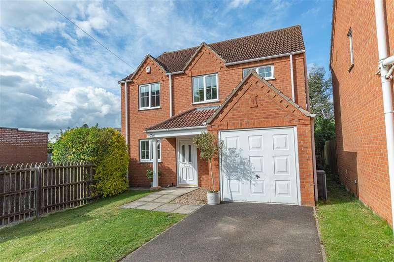 4 Bedrooms Detached House for sale in Sleaford Road, Heckington, Sleaford