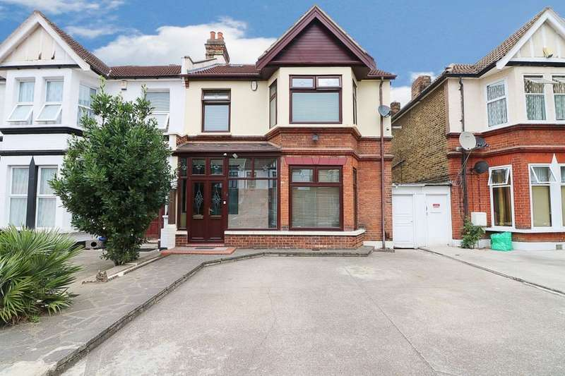6 Bedrooms Semi Detached House for sale in Ashgrove Road, Ilford, IG3