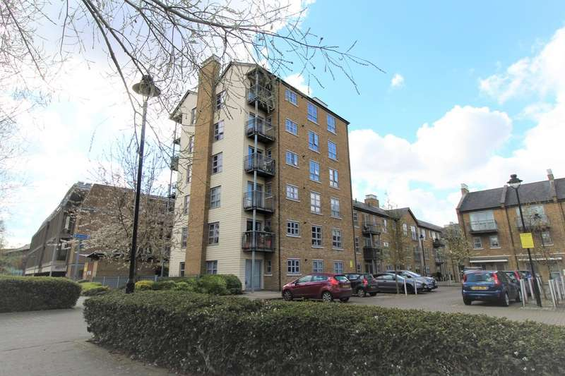 2 Bedrooms Property for sale in Rotary Way, Sheepen Place CO3