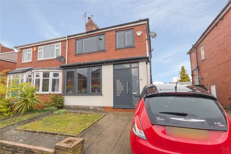3 Bedrooms Semi Detached House for sale in Kingsway, Alkrington, Middleton, Manchester, M24