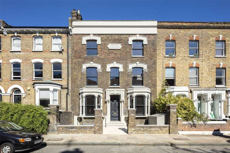 6 Bedrooms Terraced House for sale in Pyrland Road, London, N5
