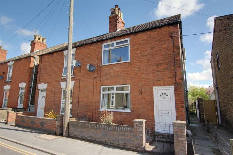 2 Bedrooms Semi Detached House for sale in Hamilton Road, Alford