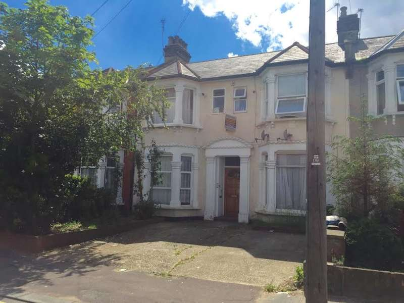 1 Bedroom Flat for sale in Selborne Road, Ilford, Essex