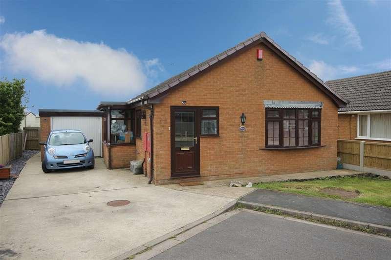 2 Bedrooms Detached Bungalow for sale in Eton Road, Trusthorpe