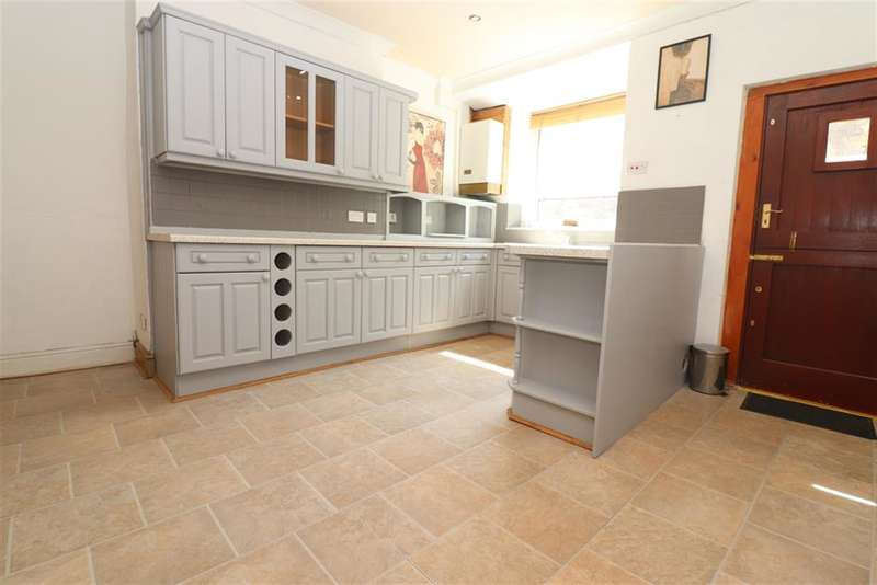 2 Bedrooms Terraced House for rent in Northcote Street, Darwen, BB3 2QT