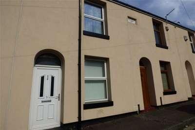 2 Bedrooms House for rent in Heape Street, Rochdale
