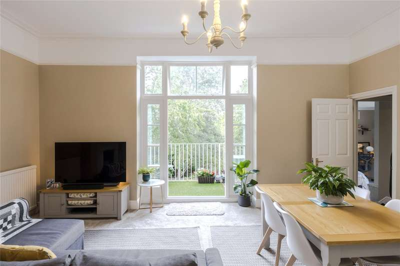 2 Bedrooms Flat for sale in West Hill, Putney, London, SW15