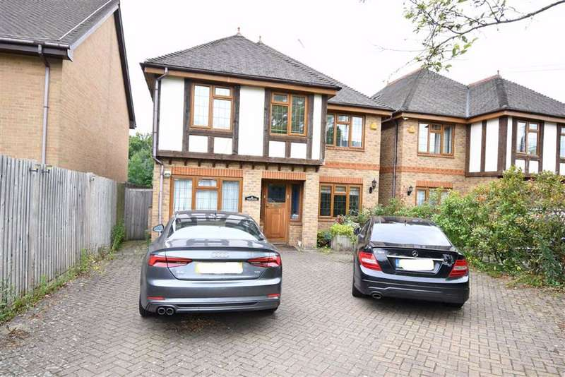 5 Bedrooms Detached House for sale in Northiam, Woodside Park