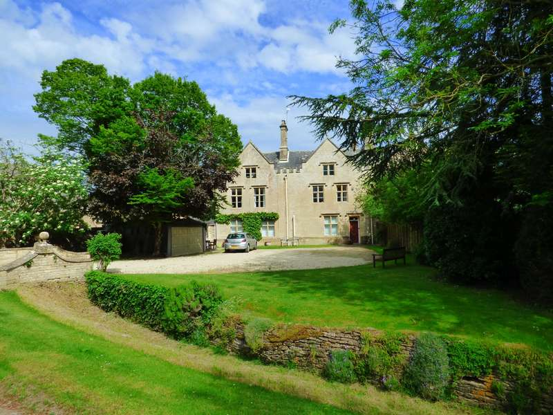 4 Bedrooms Property for sale in Claydon, Lechlade
