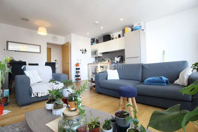 2 Bedrooms Apartment Flat for rent in High Street, Manchester