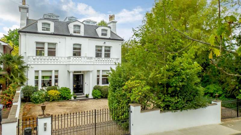 6 Bedrooms Detached House for sale in Oakleigh Park North, London
