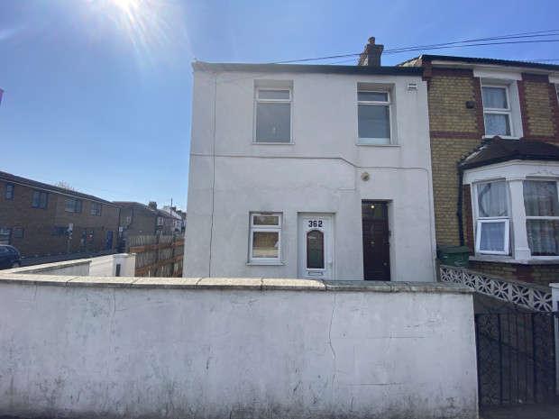 1 Bedroom Flat for sale in Ripple Road, Barking, IG11