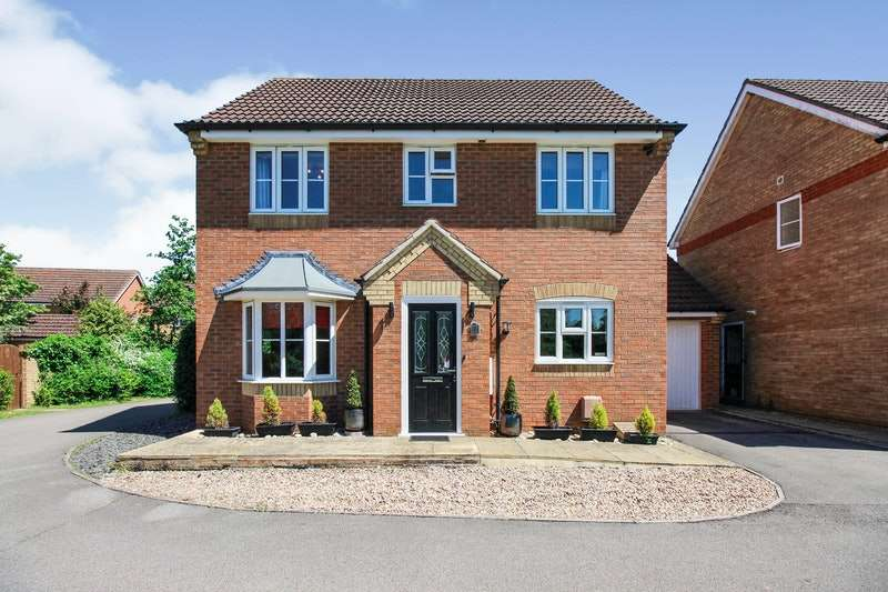 4 Bedrooms Detached House for sale in Birchwood's Close, Market Rasen, Lincolnshire, LN8