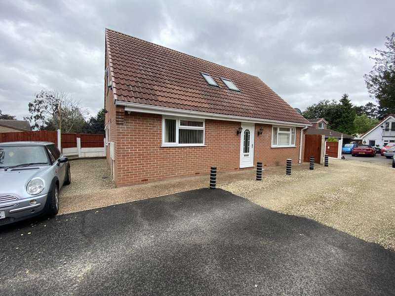 4 Bedrooms Property for rent in Whittaker Road, Derby DE23