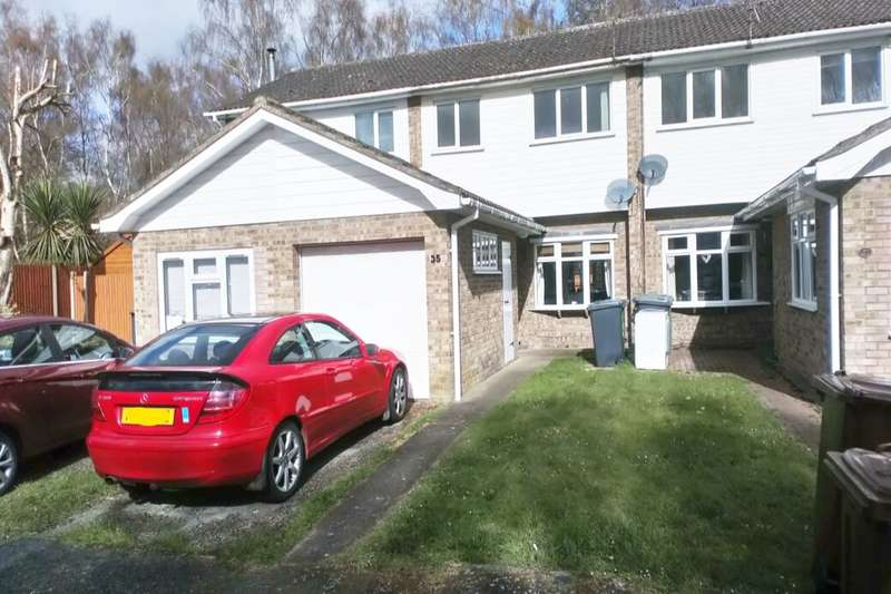 3 Bedrooms Semi Detached House for rent in Eton Close, Lincoln, LN6