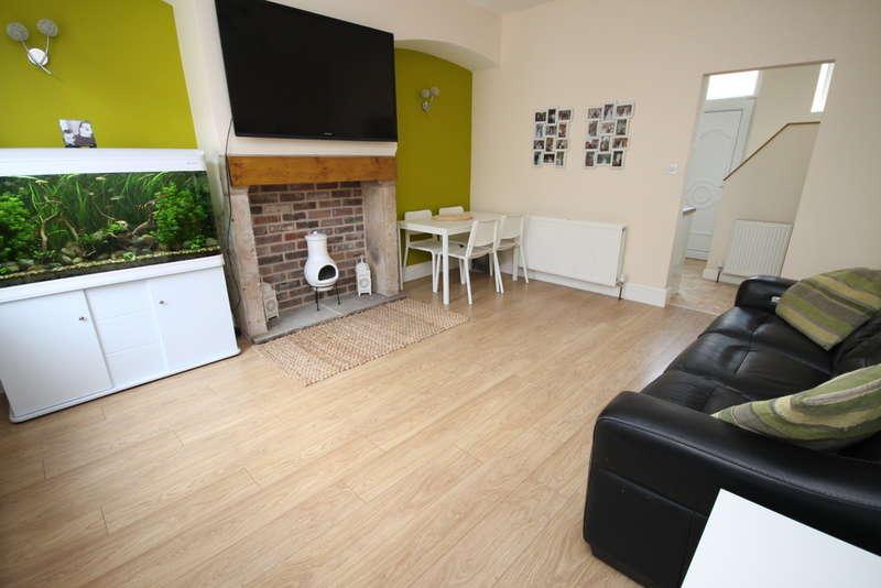 4 Bedrooms Terraced House for sale in Industrial Street, Todmorden