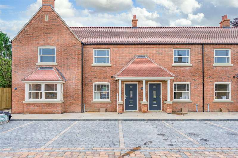 3 Bedrooms Terraced House for sale in Station Road, Kirton, Boston