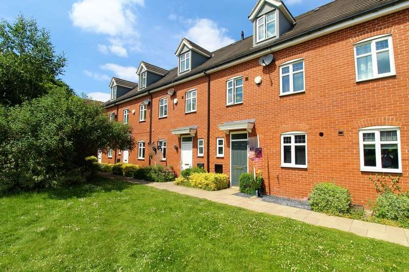 4 Bedrooms Terraced House for sale in Kirkstall Close, Lincoln, Lincolnshire, LN2
