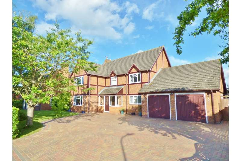 4 Bedrooms Detached House for sale in Miles Bank, Spalding, Lincolnshire