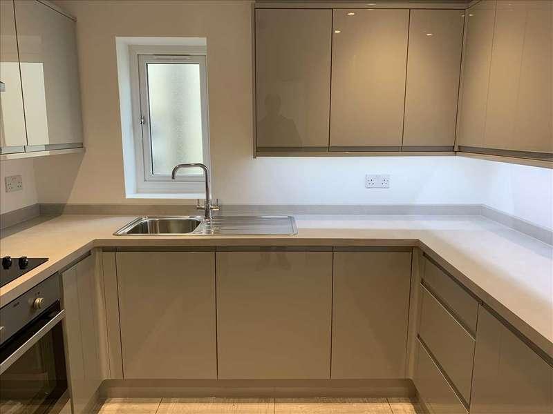 2 Bedrooms End Of Terrace House for rent in Chestnut House, 1D Westbury Lane, Buckhurst Hill