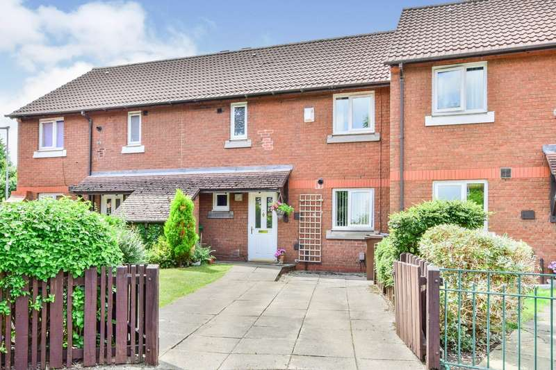 3 Bedrooms House for sale in Hindsford Close, Manchester, Greater Manchester, M23