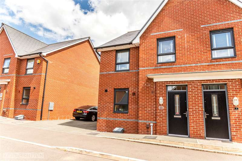 4 Bedrooms Semi Detached House for sale in Charlton Street, Castleton, Rochdale, Greater Manchester, OL11