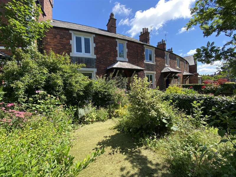 3 Bedrooms Terraced House for sale in Hastings Place, Lytham
