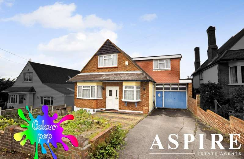 4 Bedrooms Detached House for sale in St. Marys Road, Benfleet