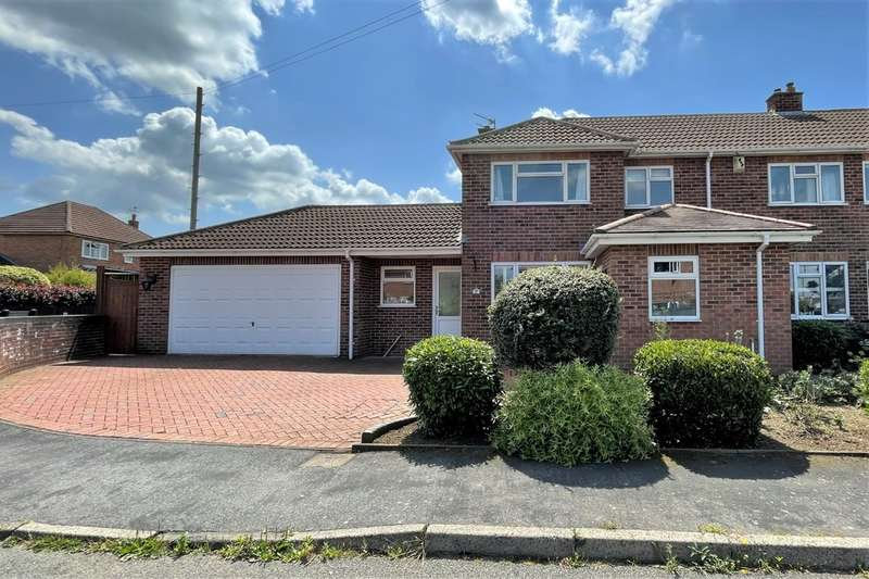 3 Bedrooms Semi Detached House for sale in Sussex Avenue, Melton Mowbray