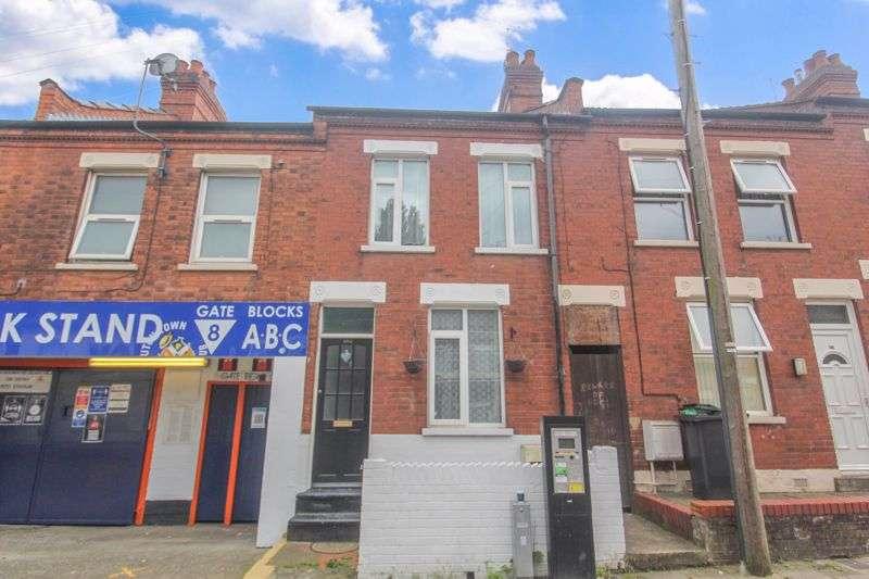 4 Bedrooms Property for sale in Oak Road, Luton
