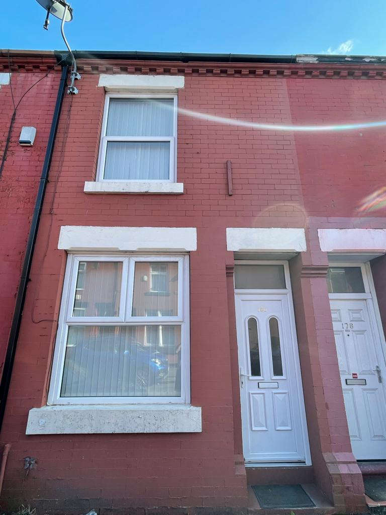 2 Bedrooms Terraced House for rent in Brailsford Road, Manchester, M14