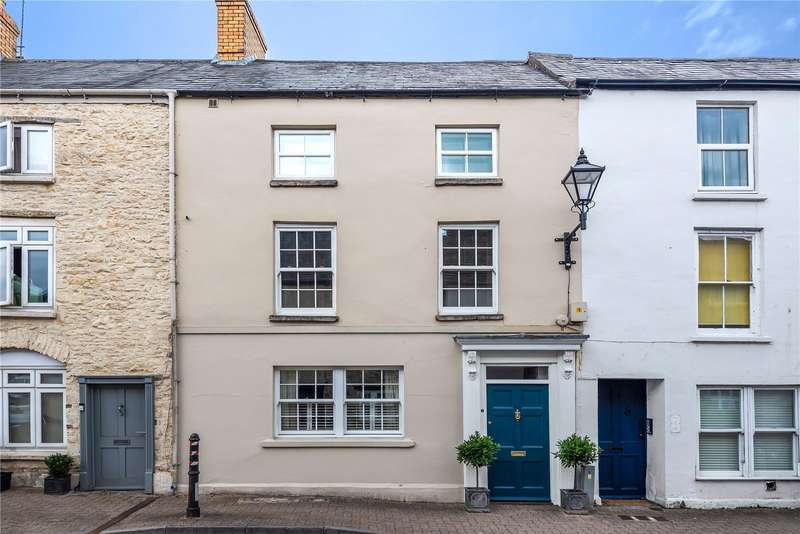 4 Bedrooms Terraced House for sale in Silver Street, Tetbury, Gloucestershire, GL8